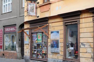 zpravodaj   trafika Na pranýři ČS Armády, obrázek se otevře v novém okně