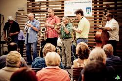 LJD - koncert lektorů na nádvoří radnice (2009), obrázek se otevře v novém okně