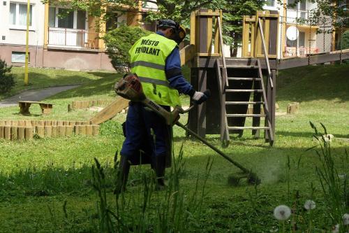 sekání trávy 3